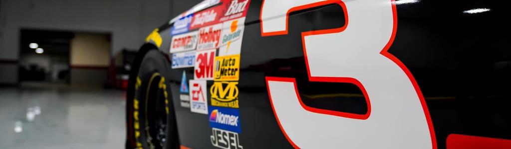 Jimmie Johnson reveals Dale Earnhardt, Richard Petty throwback paint scheme