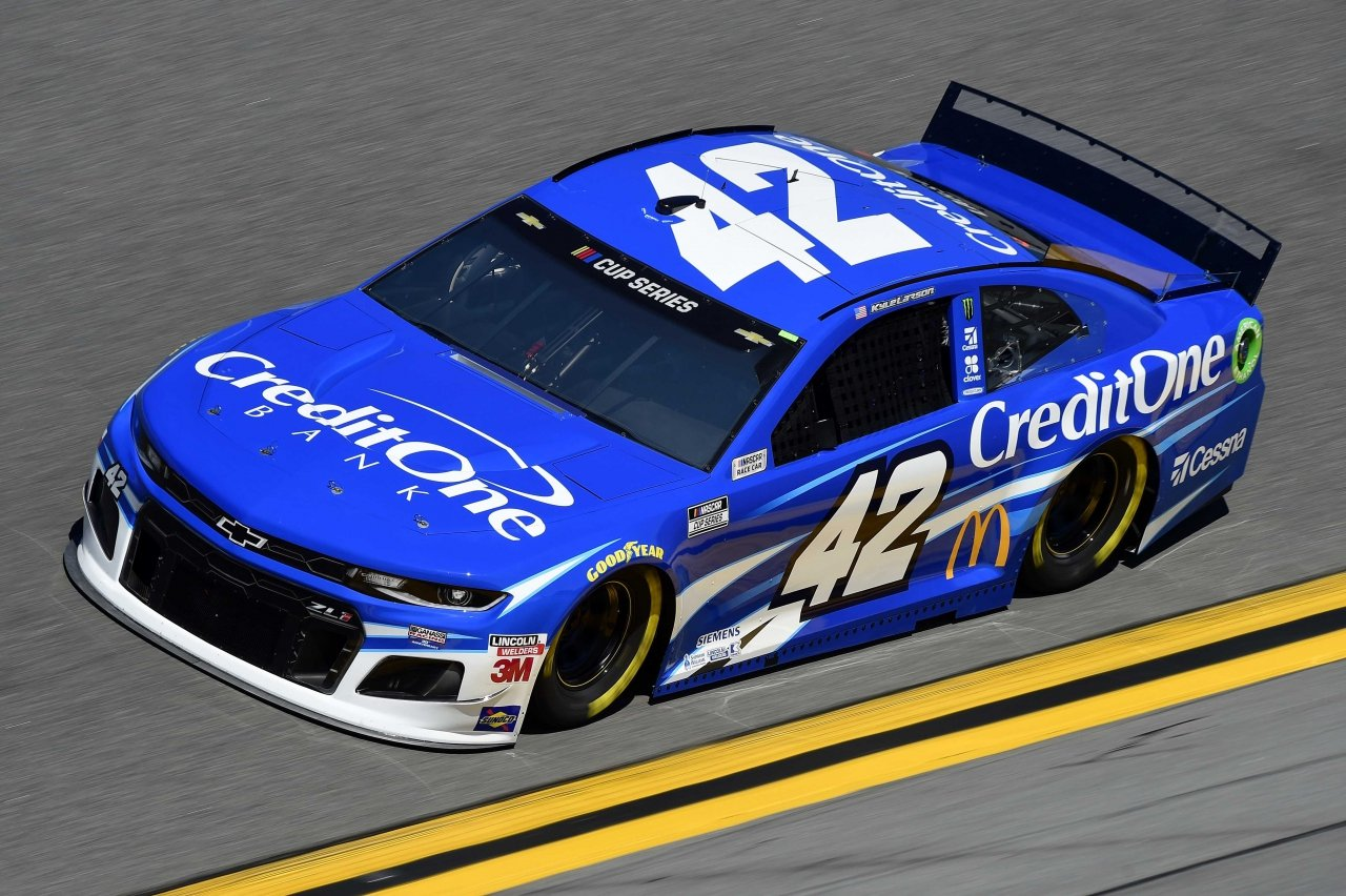 Kyle Larson at Daytona International Speedway - NASCAR Cup Series