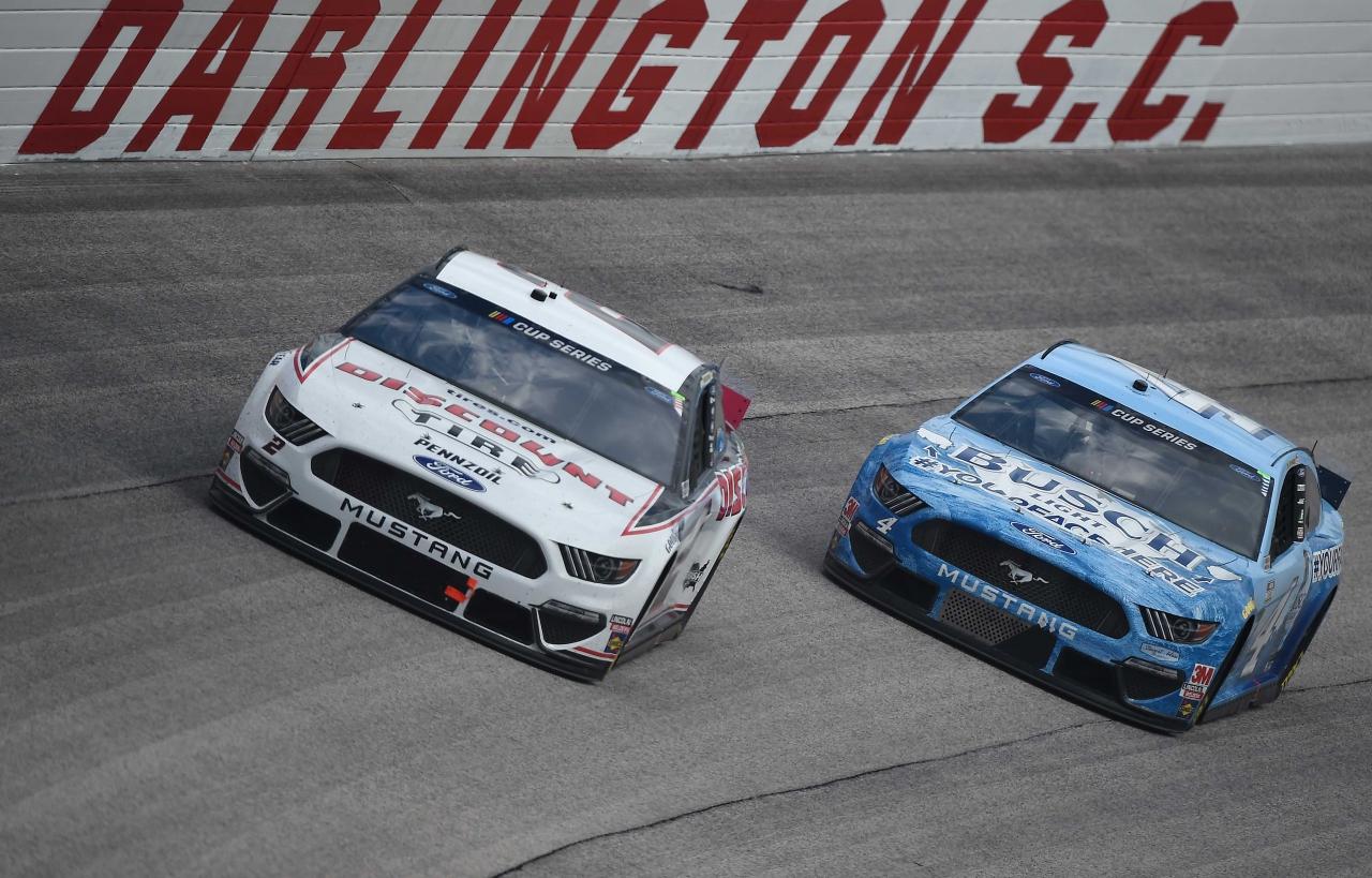 Brad Keselowski and Kevin Harvick at Darlington Raceway in South Carolina - NASCAR Cup Series