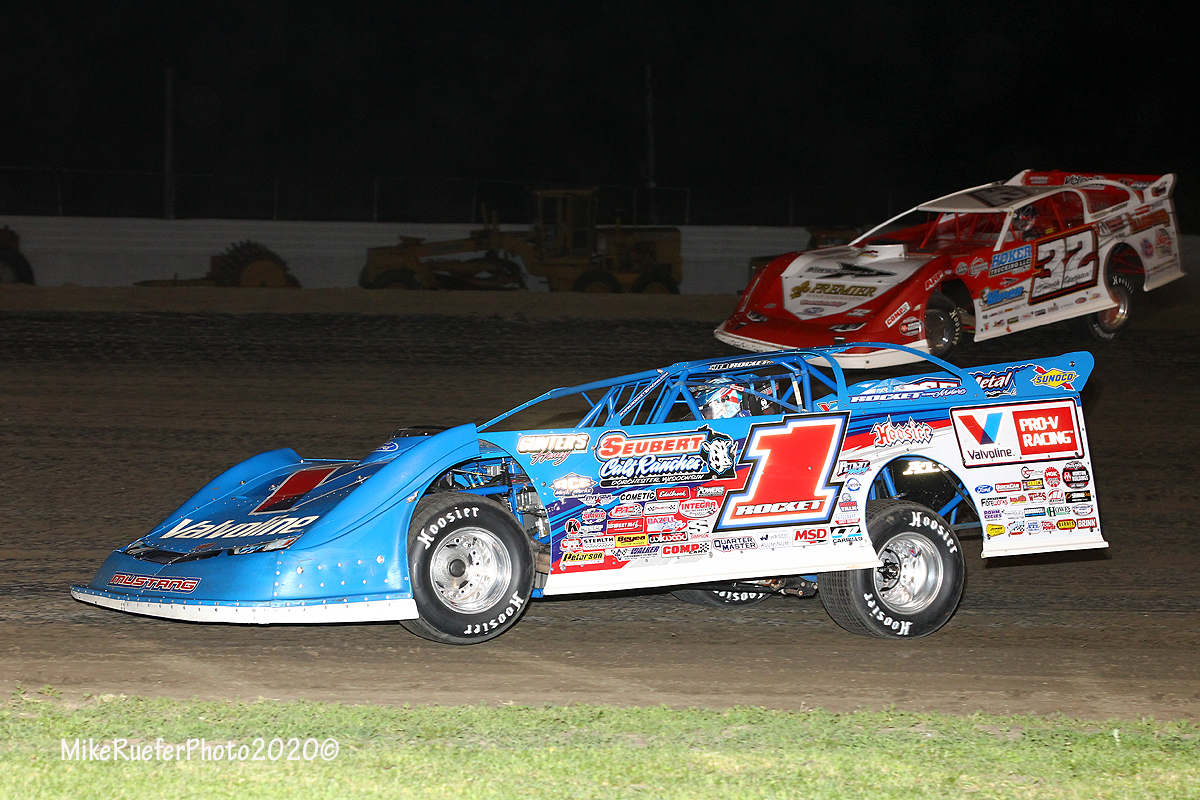 Brandon Sheppard and Bobby Pierce at Davenport Speedway - World of Outlaws