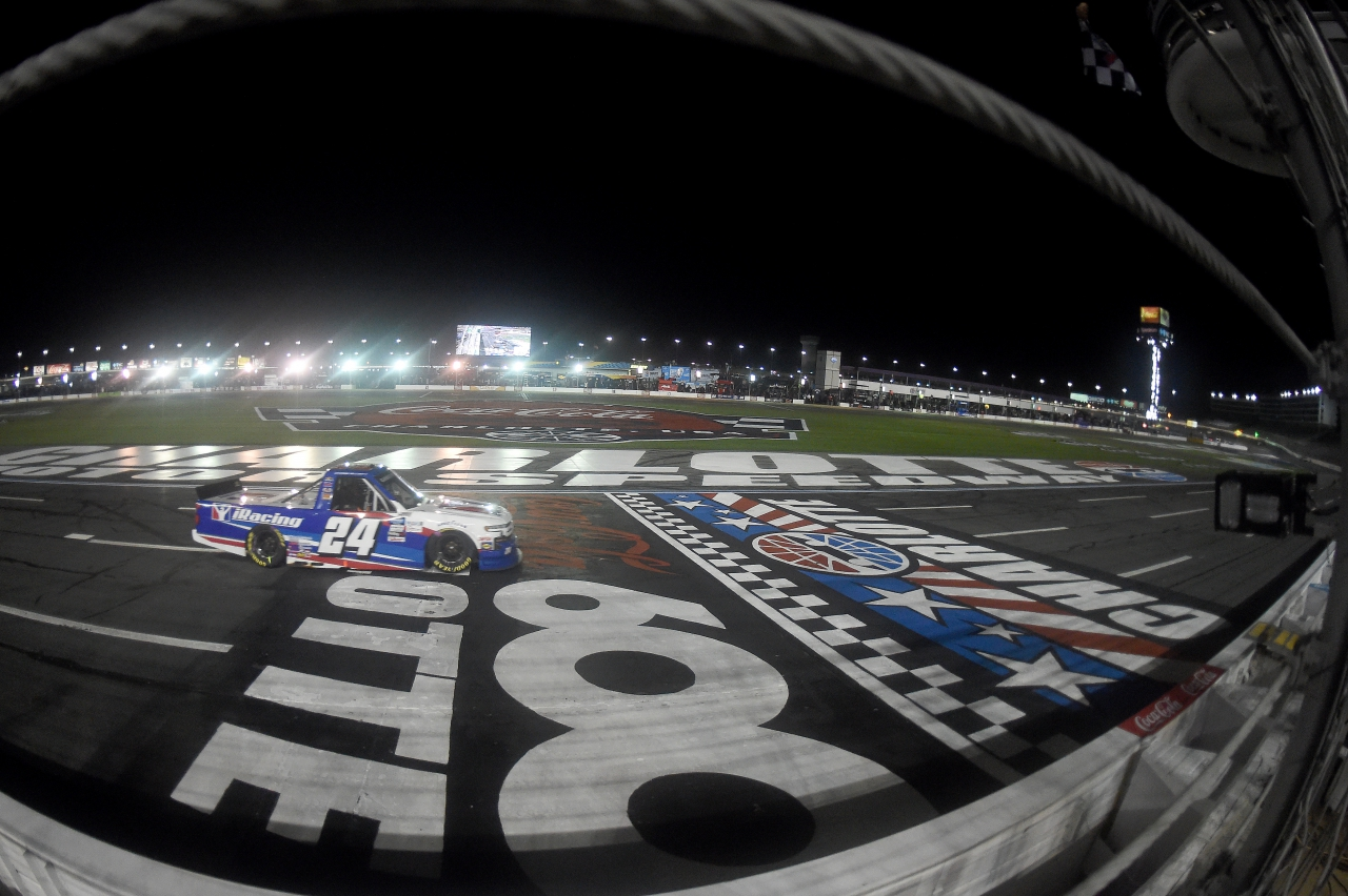 Chase Elliott wins at Charlotte Motor Speedway - NASCAR Truck Series