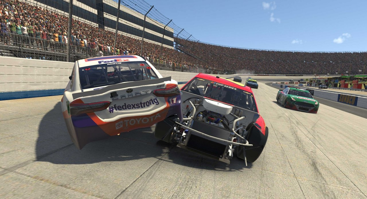 Denny Hamlin crashes at Dover International Speedway - NASCAR iRacing
