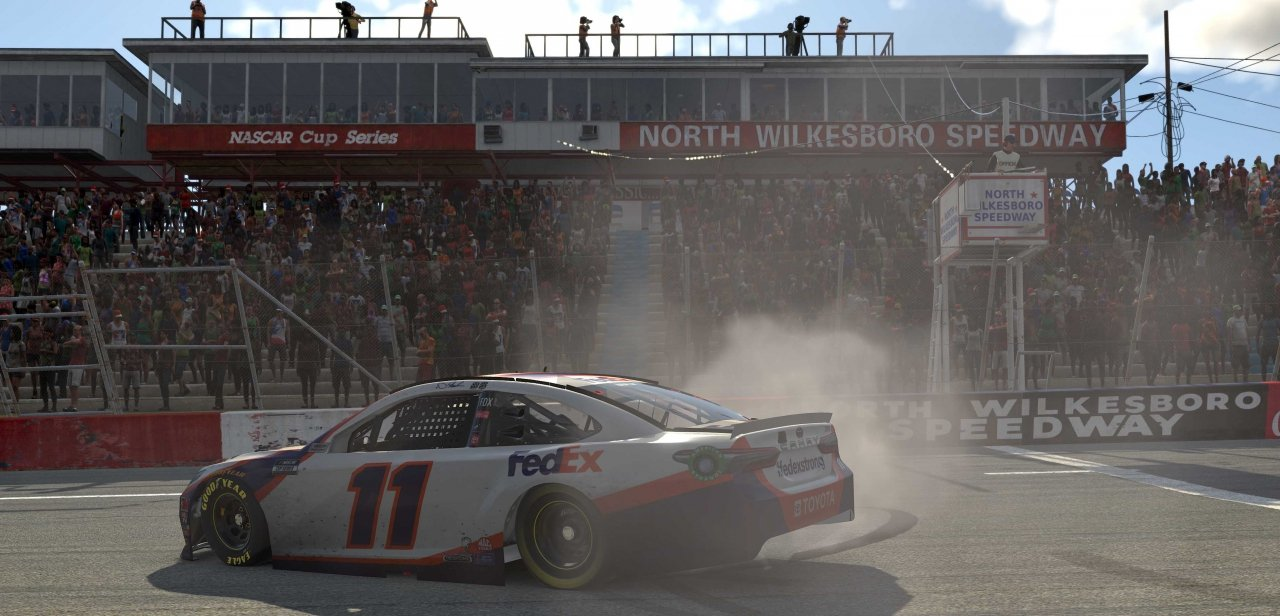 Denny Hamlin wins at North Wilkesboro Speedway - eNASCAR Pro Invitational Series
