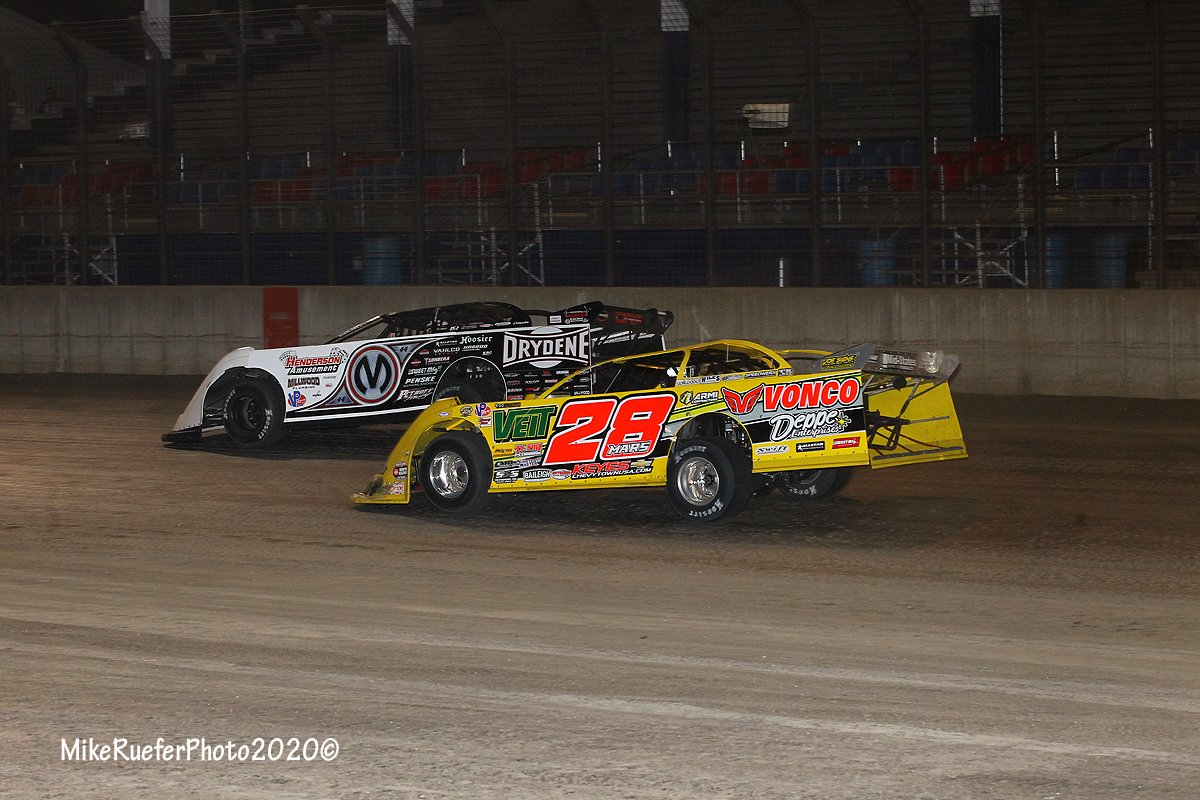 Jimmy Mars and Chris Madden at Davenport Speedway