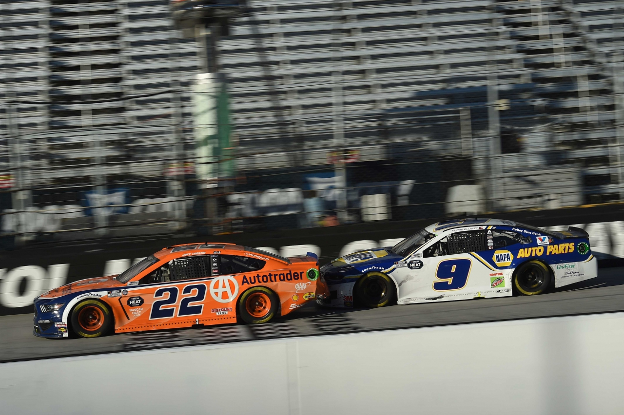 Joey Logano and Chase Elliott at Bristol Motor Speedway - NASCAR Cup Series