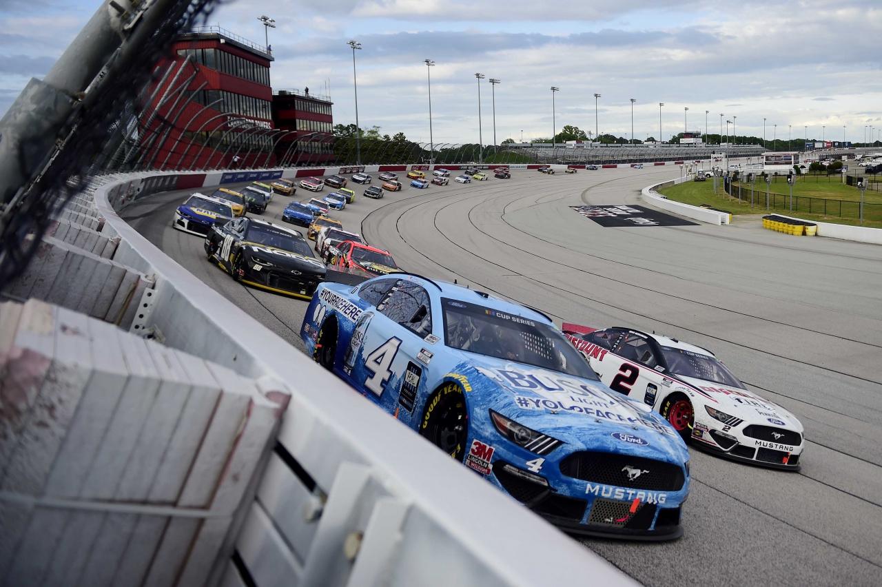 Kevin Harvick and Brad Keselowski at Darlington Raceway - NASCAR Cup Series