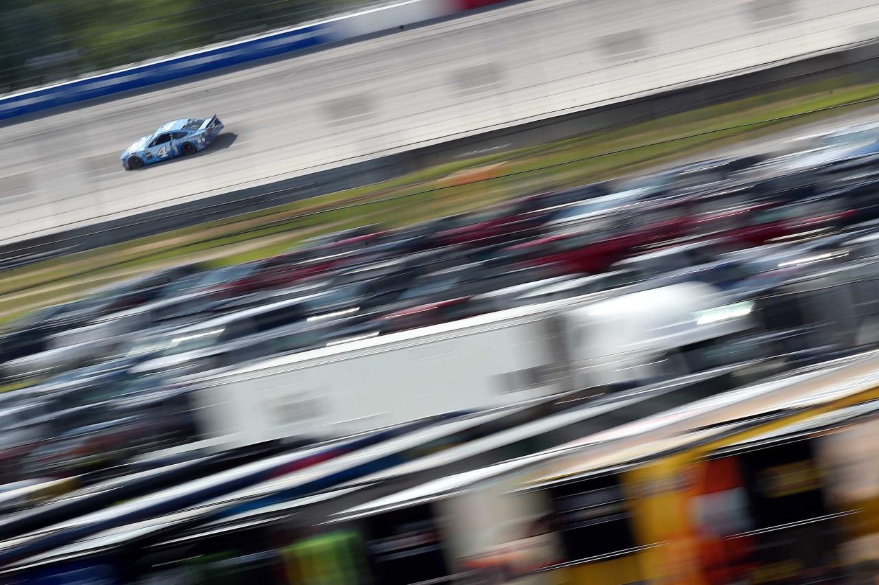 Kevin Harvick at Darlington Raceway - NASCAR Cup Series