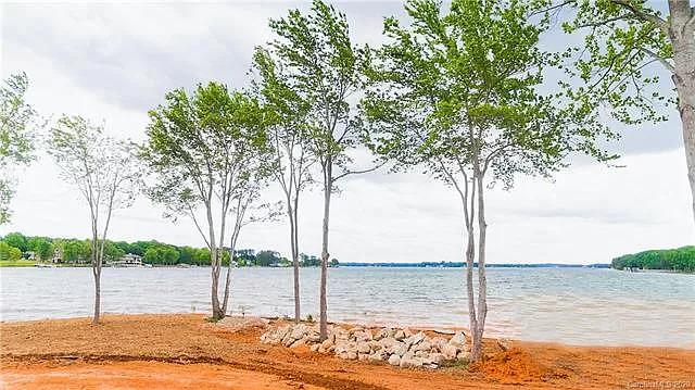 Lake Norman property - Kyle Larson