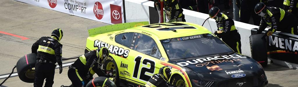 NASCAR crew member struck on pit lane at Indianapolis Motor Speedway (Video)