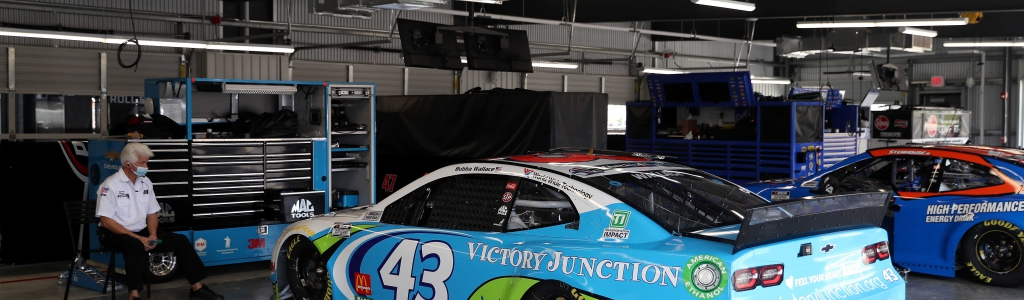 Richard Petty wants person who hung noose to be 'exposed'; NASCAR adds details