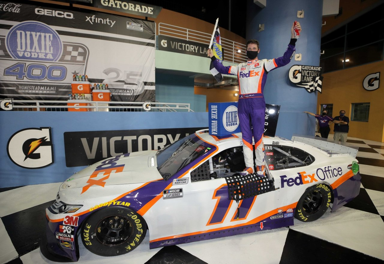 Denny Hamlin in victory lane at Homestead-Miami Speedway - NASCAR Cup Series