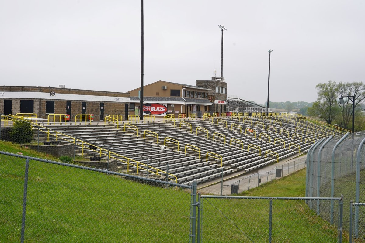 Grandstands at Eagle Raceway