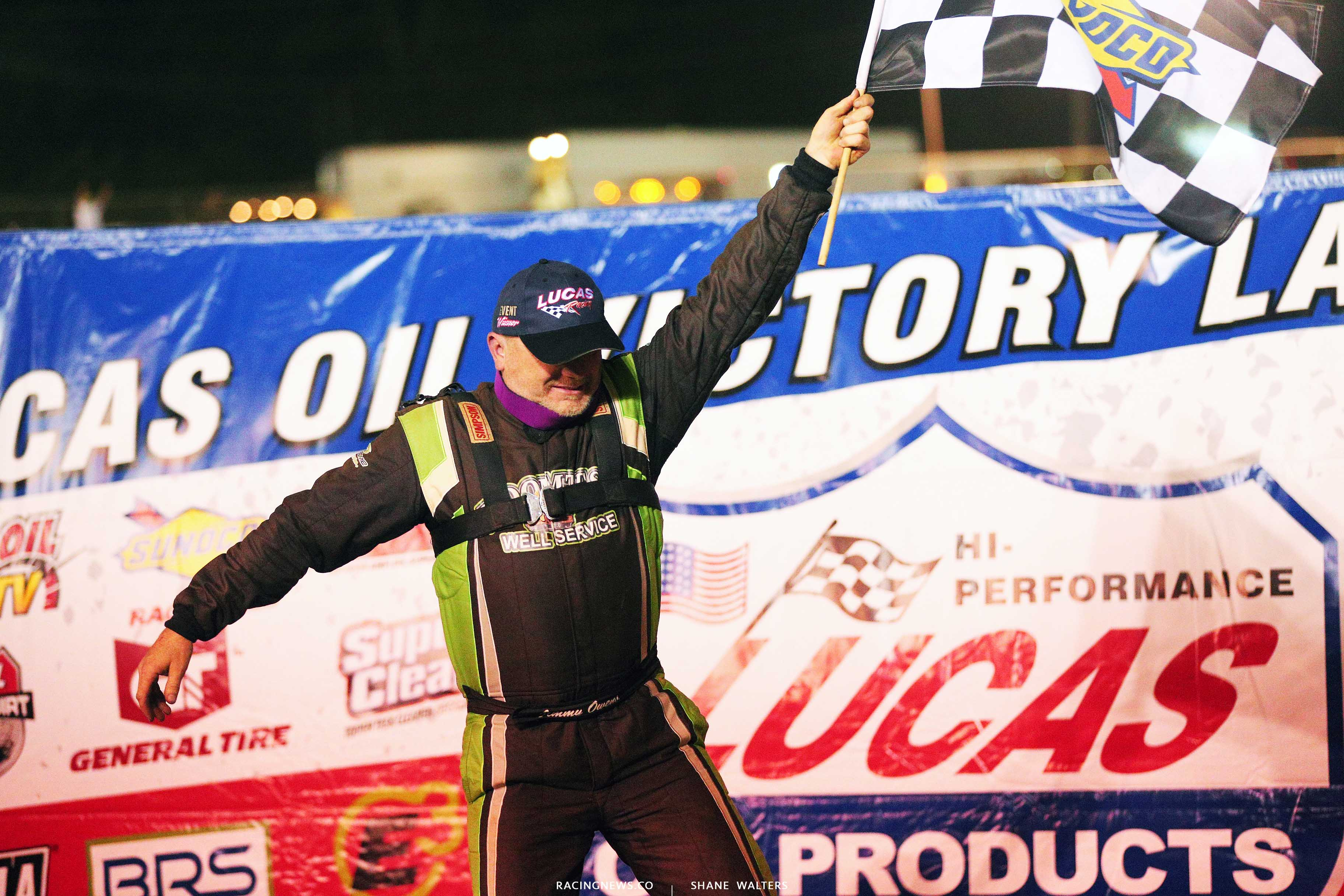 Jimmy Owens in Lucas Oil Victory Lane at 411 Motor Speedway 7482