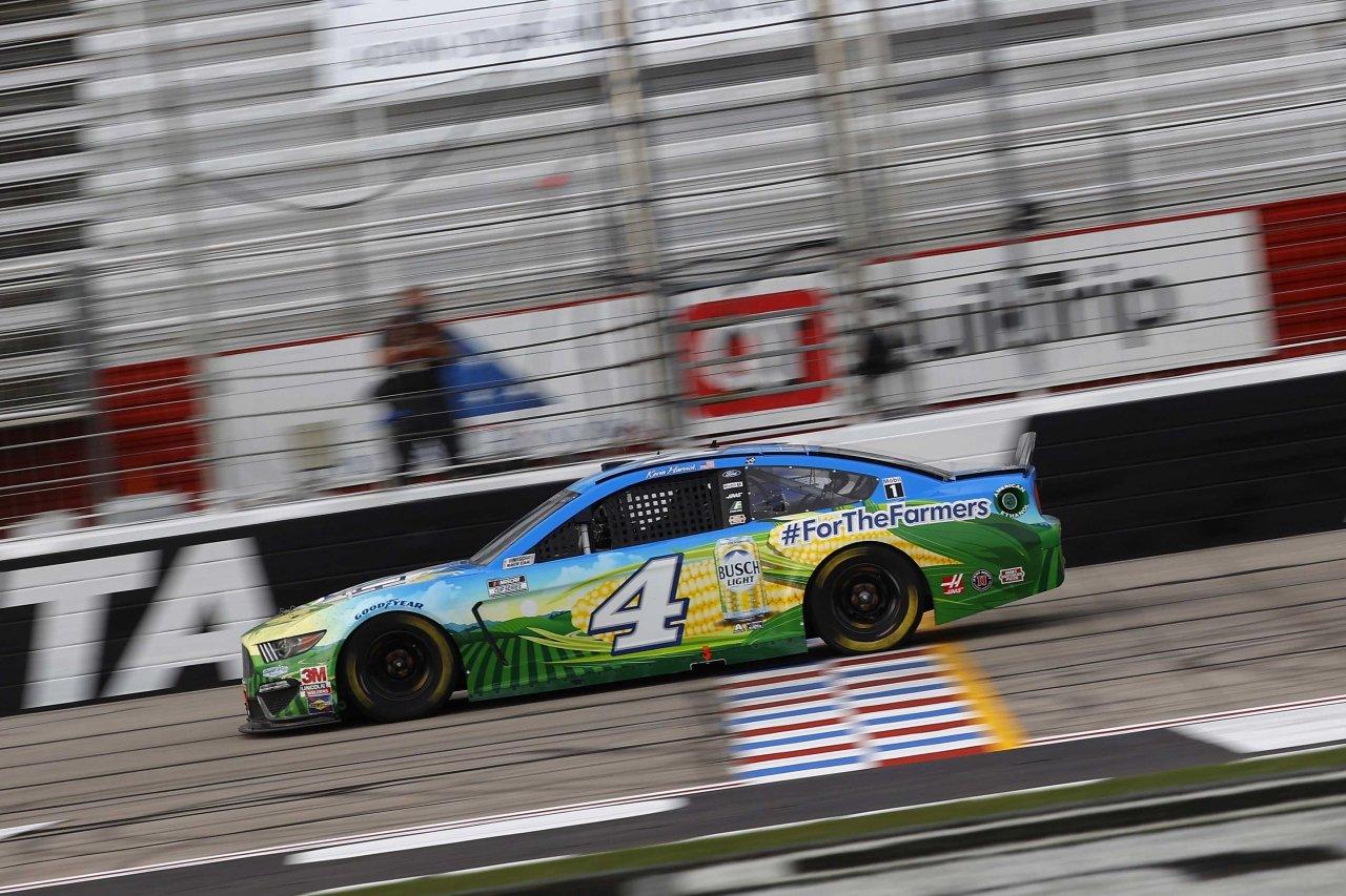 Kevin Harvick at Atlanta Motor Speedway - NASCAR Cup Series
