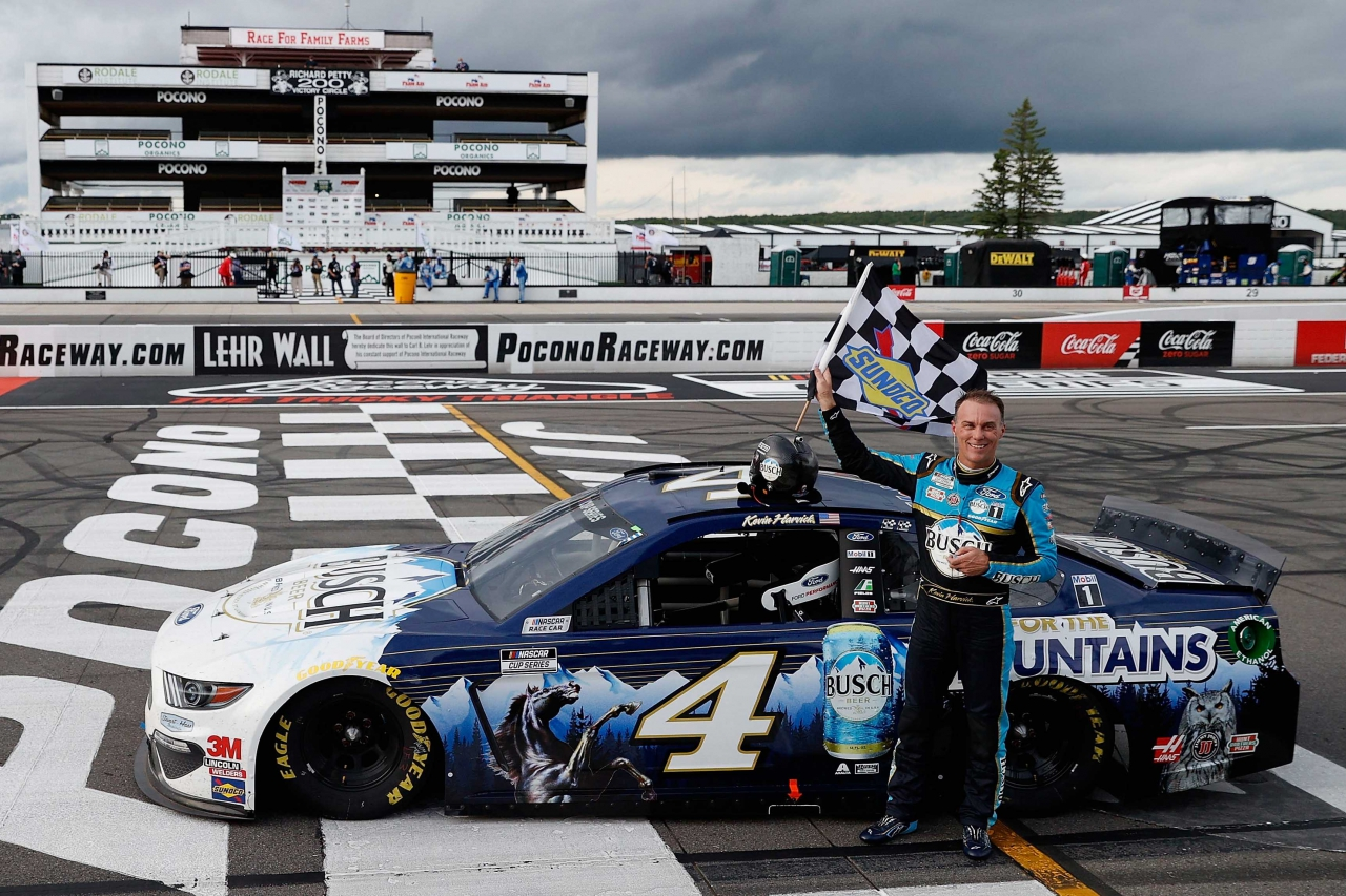 Kevin Harvick wins at Pocono Raceway - NASCAR Cup Series