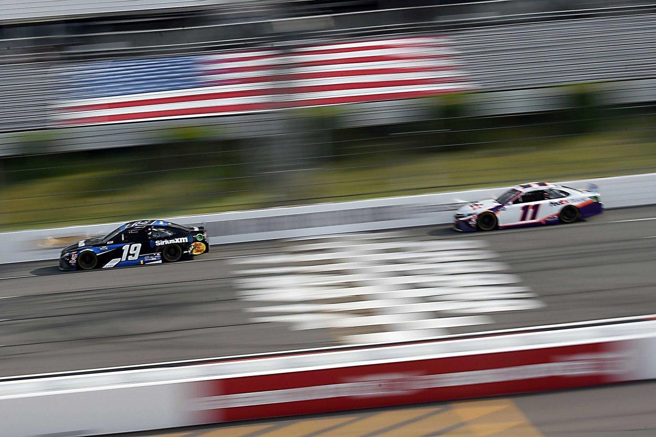 Martin Truex Jr and Denny Hamlin at Pocono Raceway - NASCAR Cup Series
