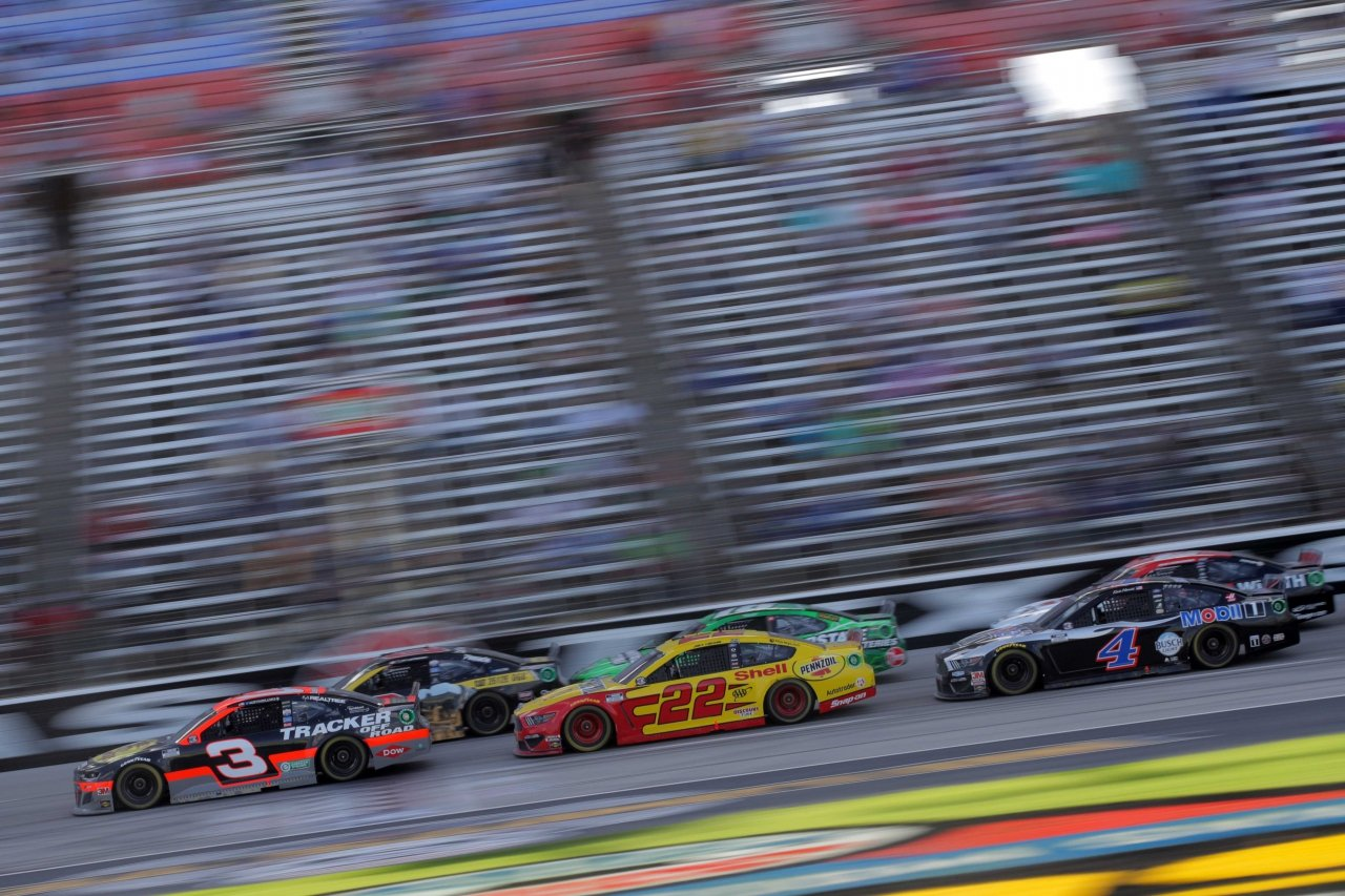 Austin Dillon, Tyler Reddick, Joey Logano, Kyle Busch and Kevin Harvick at Texas Motor Speedway - NASCAR Cup Series