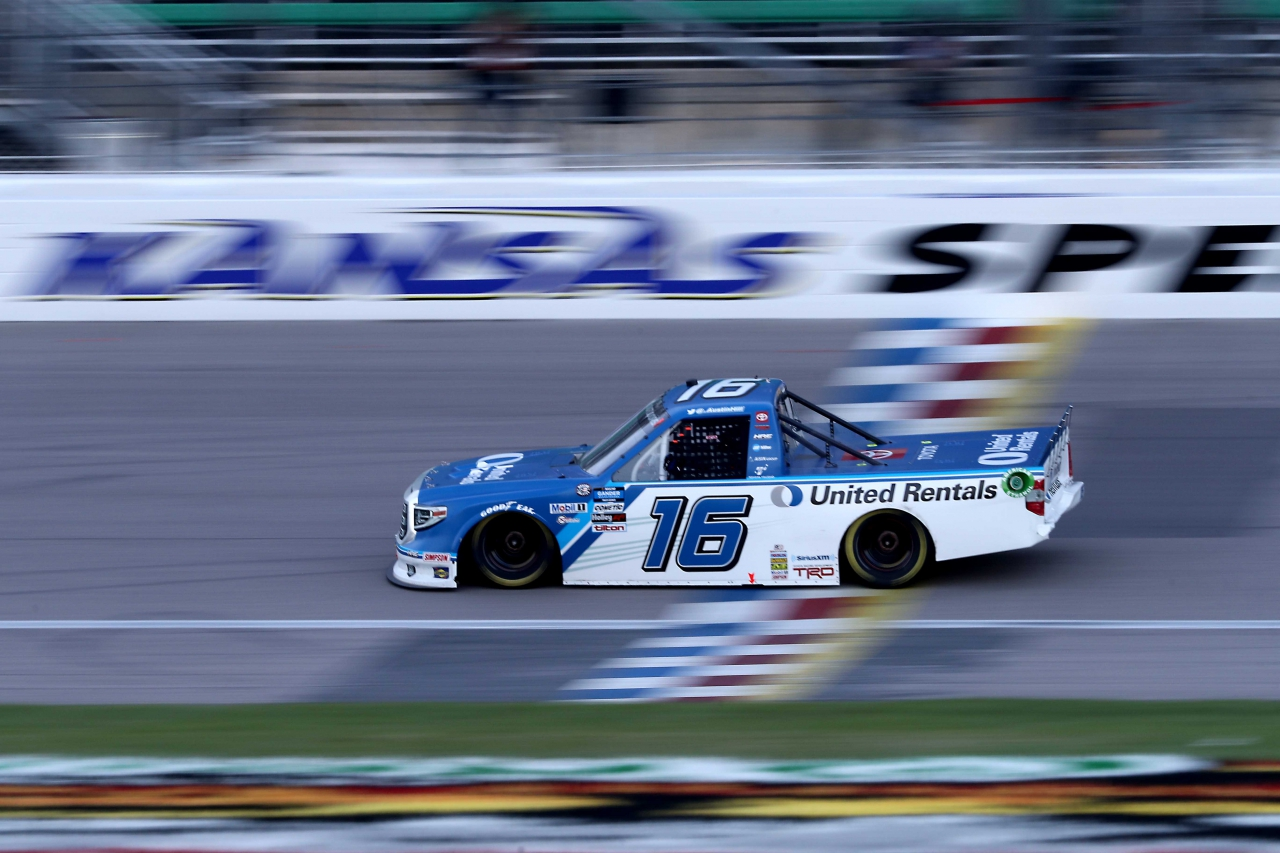 Austin Hill wins at Kansas Speedway - NASCAR Truck Series