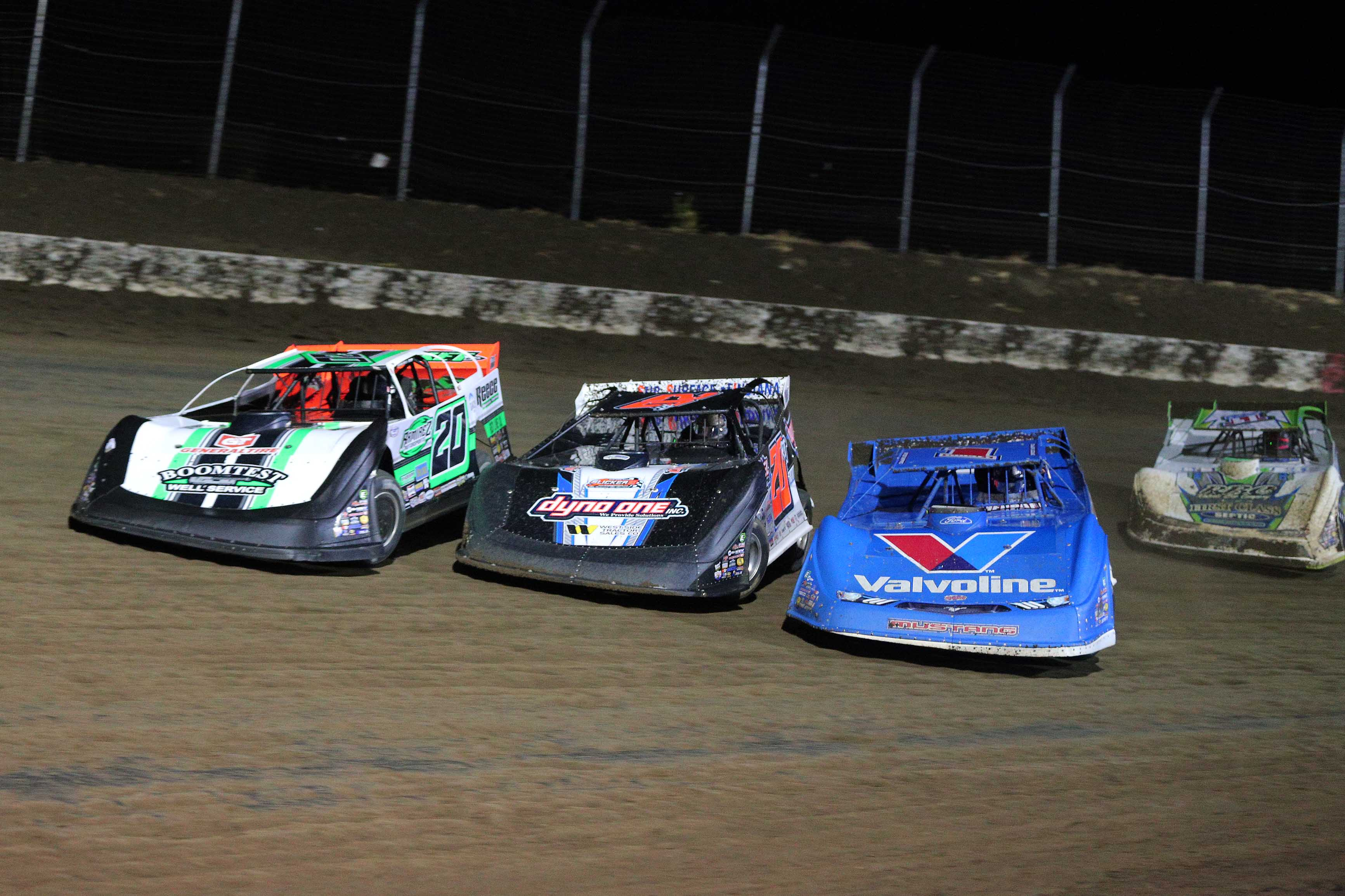 Brandon Sheppard, Ricky Thornton Jr and Jimmy Owens in the Silver Dollar Nationals at I-80 Speedway - Lucas Dirt 0344