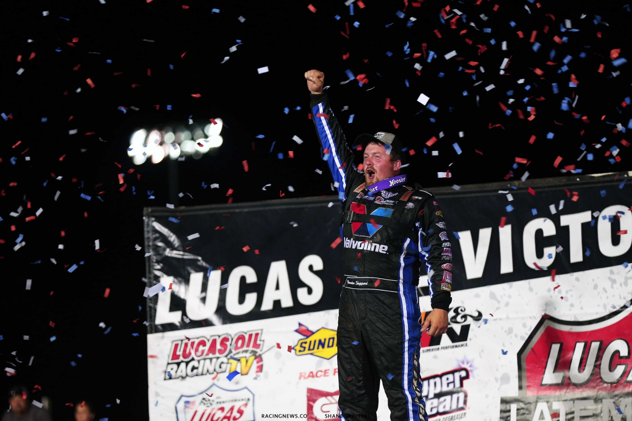 Brandon Sheppard in victory lane in the Silver Dollar Nationals at I-80 Speedway - Lucas Series 0566