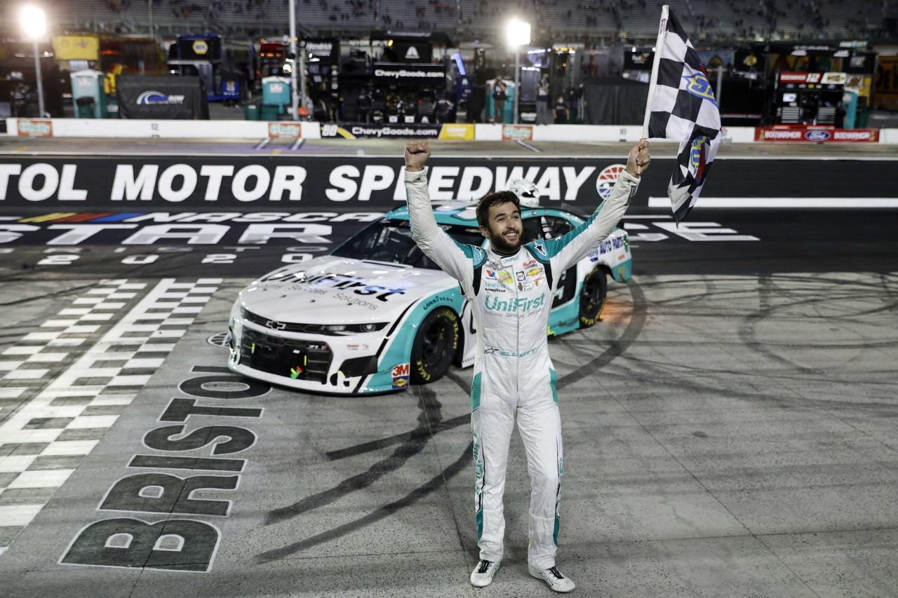 Chase Elliott wins at Bristol Motor Speedway