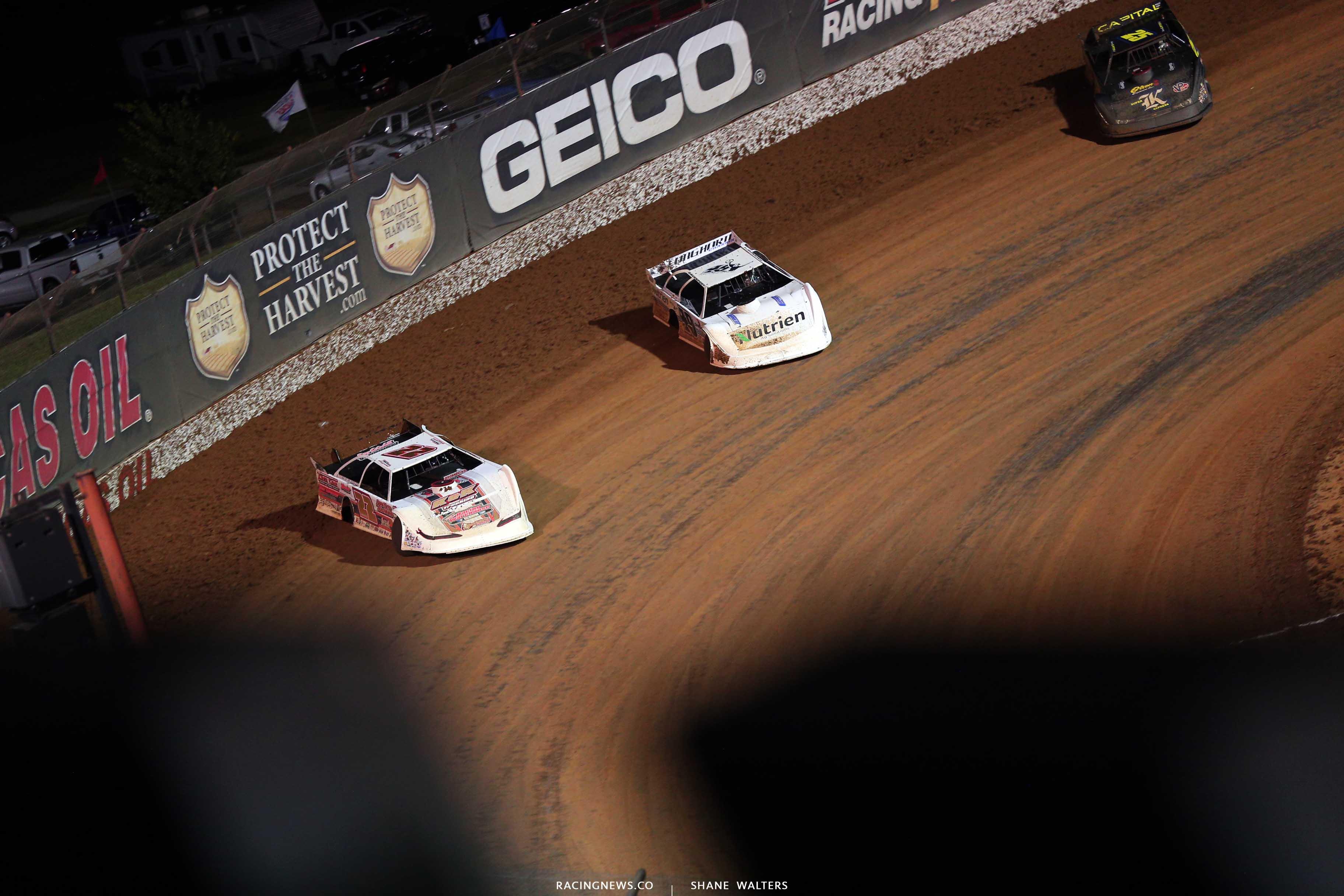 Chris Ferguson, Jonathan Davenport and Shane Clanton at Lucas Oil Speedway - Lucas Dirt Series 9850