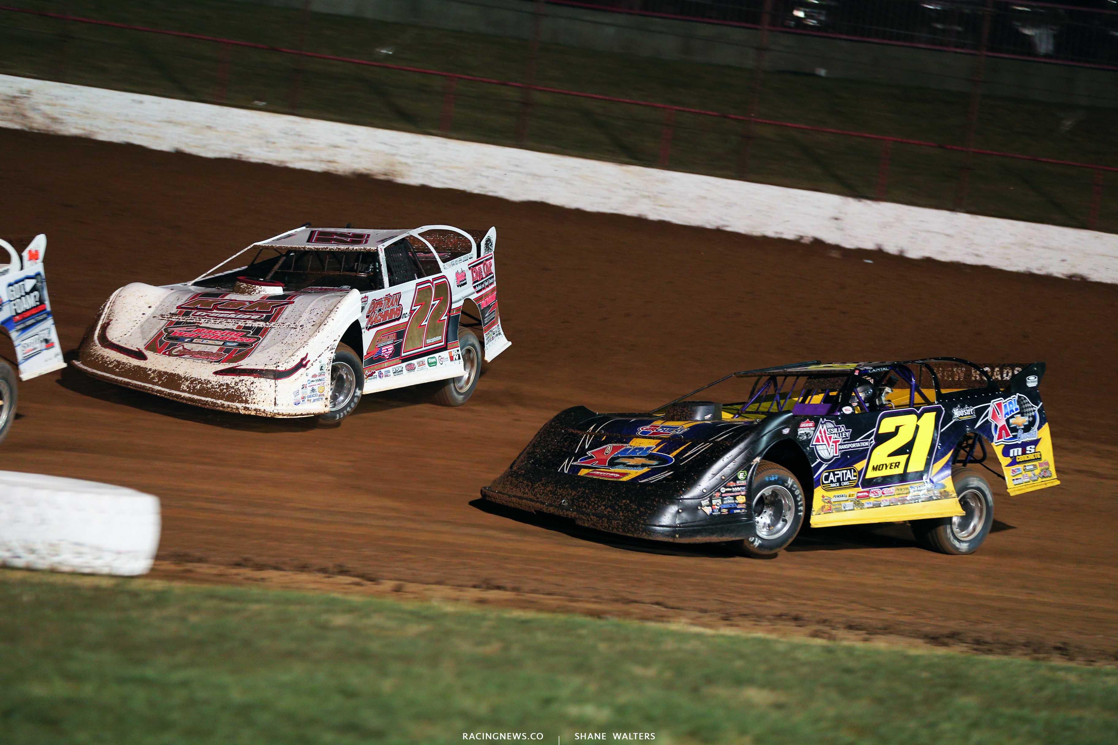 Chris Ferguson and Billy Moyer Sr at Lucas Oil Speedway - LOLMDS 9749