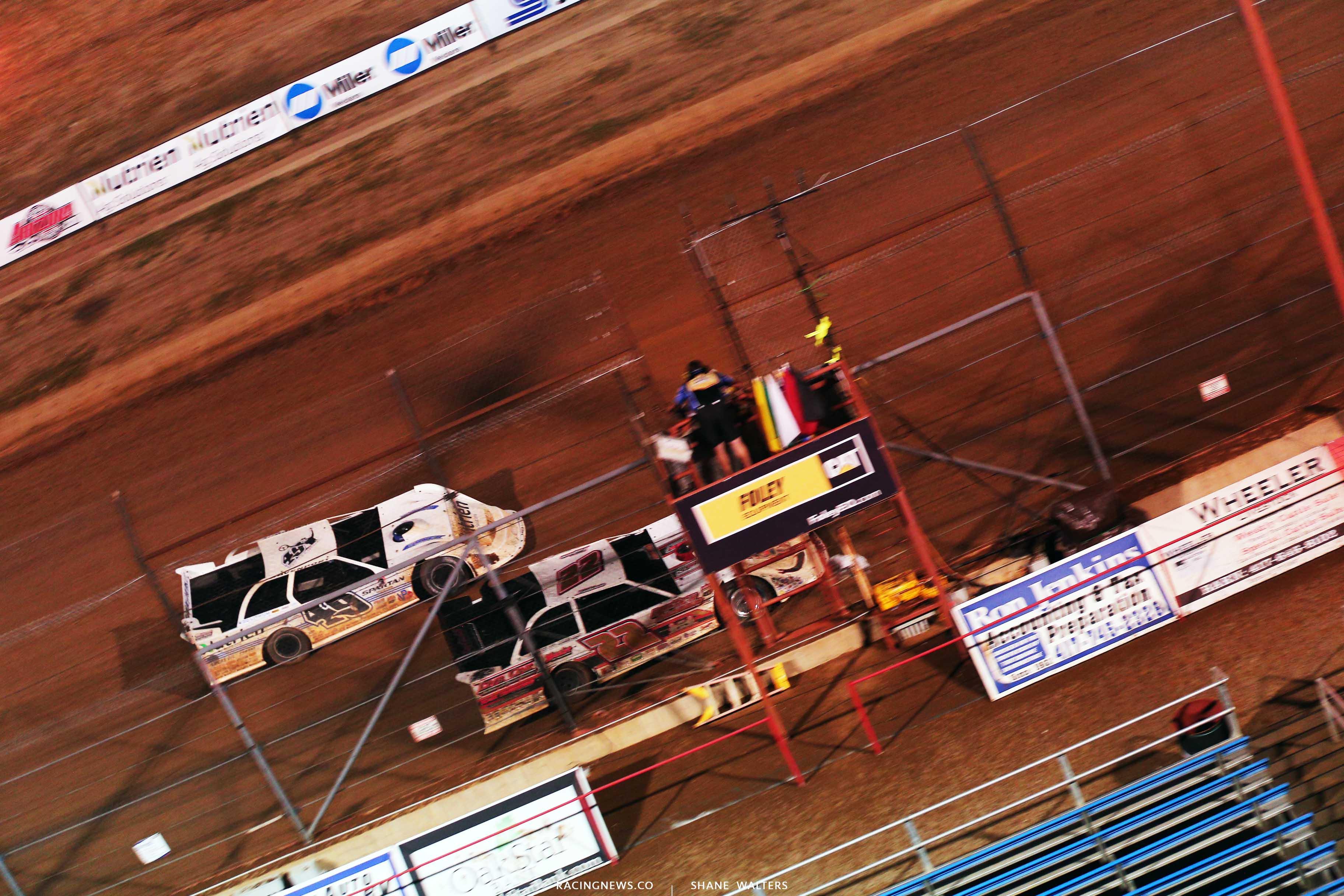 Chris Ferguson wins at Lucas Oil Speedway - Lucas Oil Late Model Dirt Series 9854