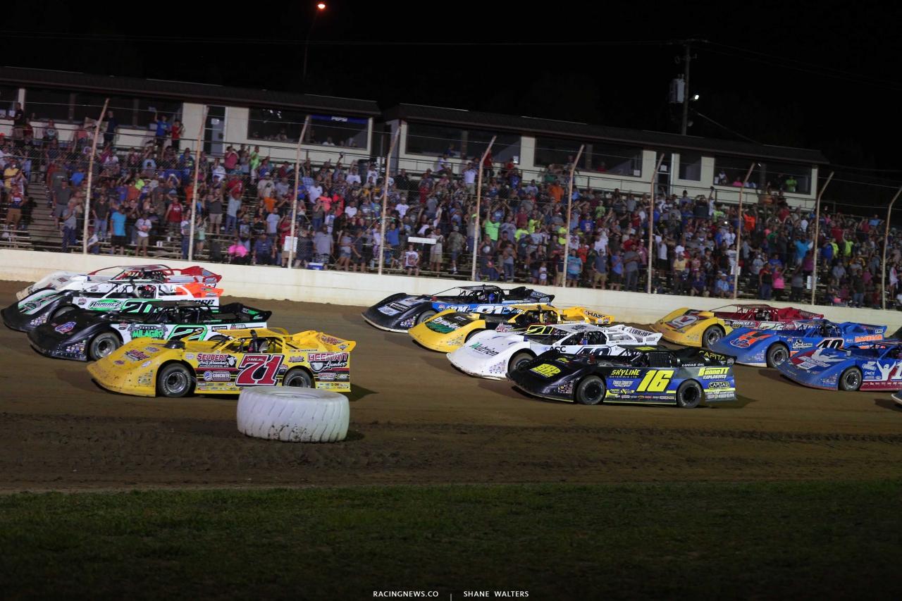 Four wide salute - Lucas Oil Late Model Dirt Series - Portsmouth Raceway Park 8015