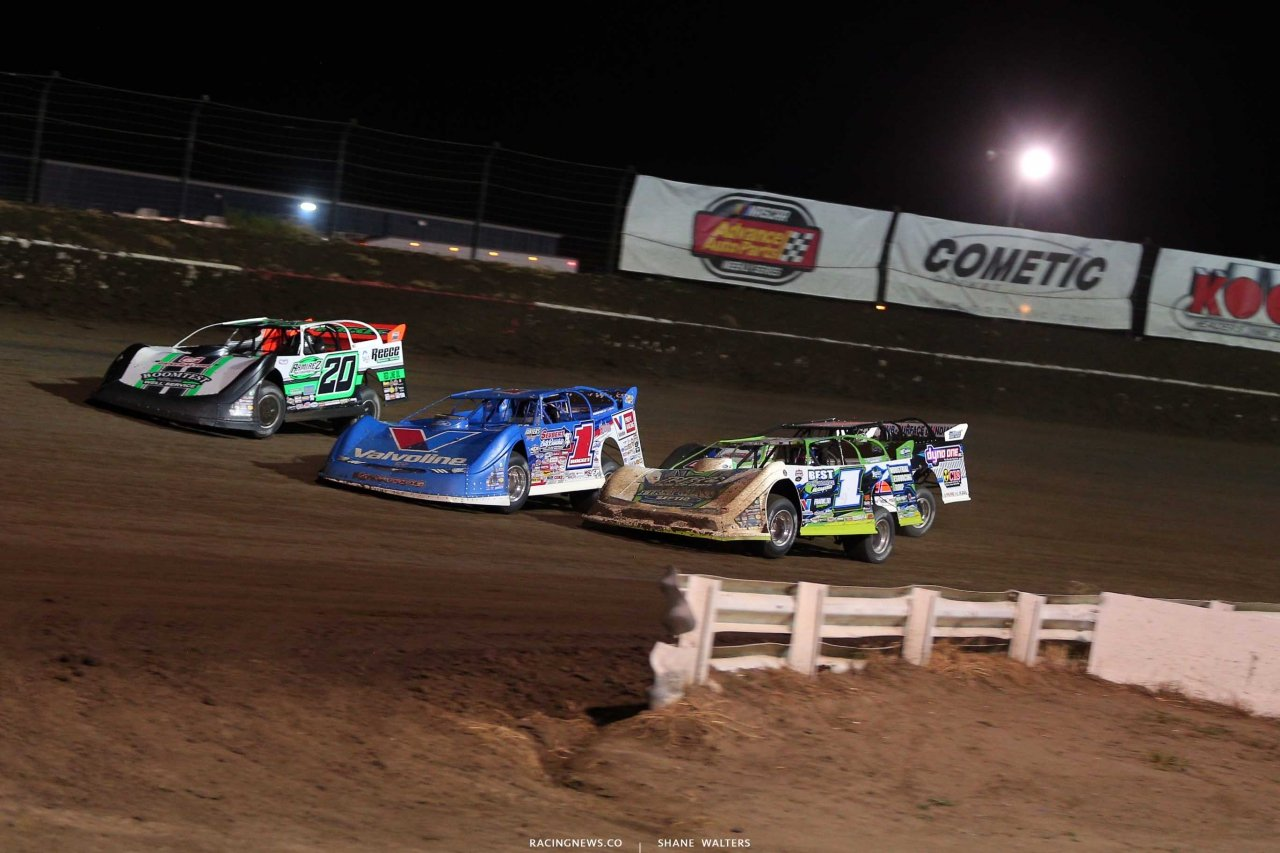 Jimmy Owens, Brandon Sheppardand Tyler Erb in the Silver Dollar Nationals at I-80 Speedway - Dirt Late Models 0410