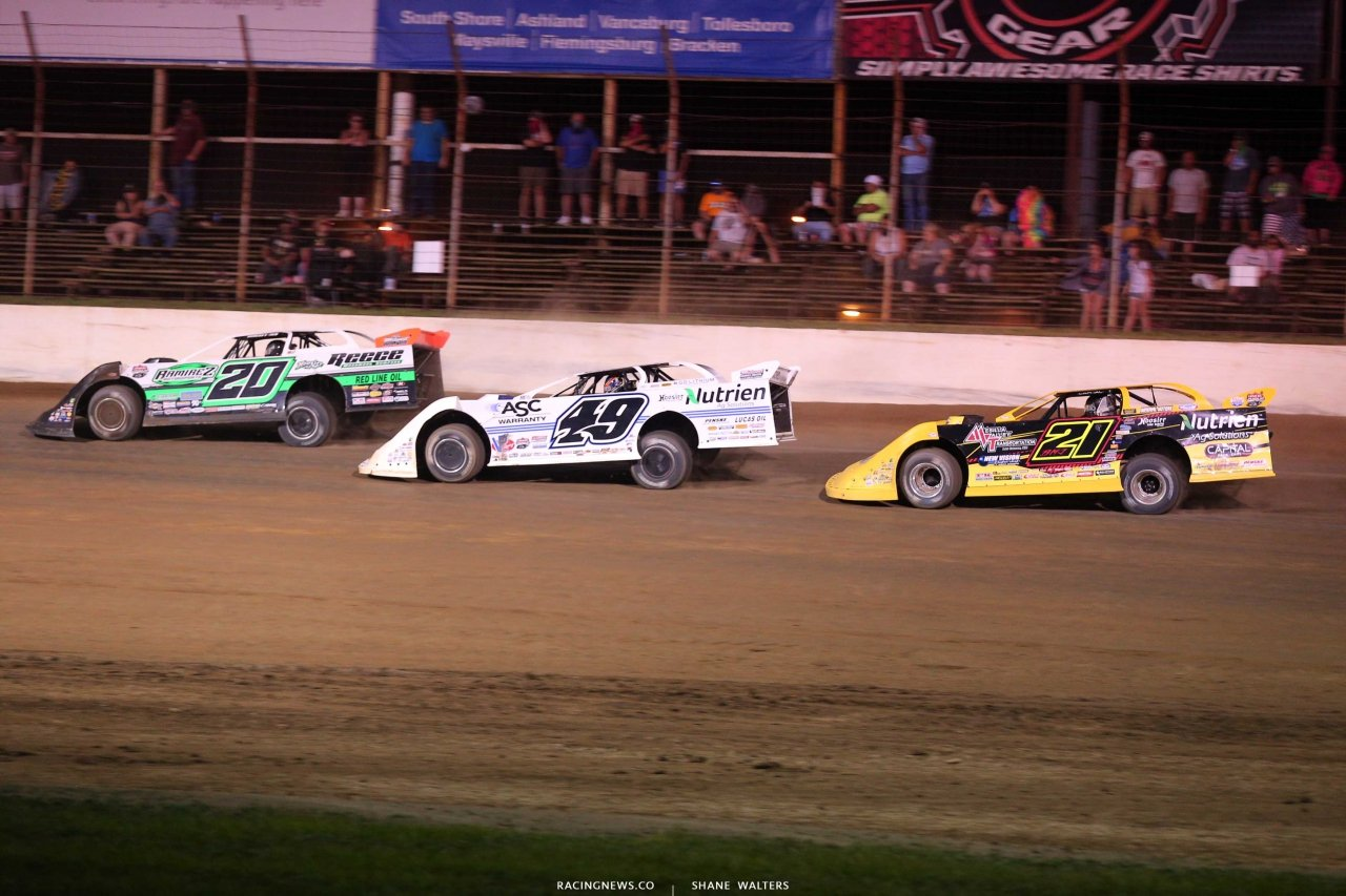 Jimmy Owens, Jonathan Davenport and Billy Moyer Jr at Portsmouth Raceway Park - LOLMDS 8149