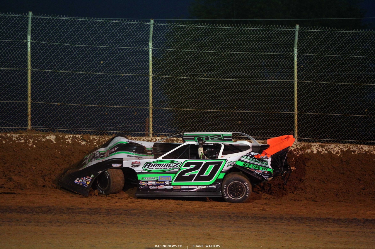 Jimmy Owens crashes at Florence Speedway - LOLMDS 8403