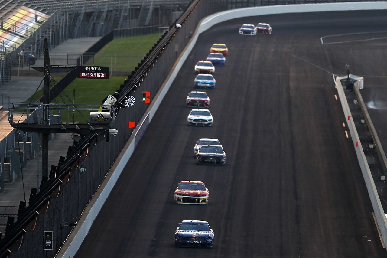 Kevin Harvick wins at Indianapolis Motor Speedway - NASCAR Cup Series