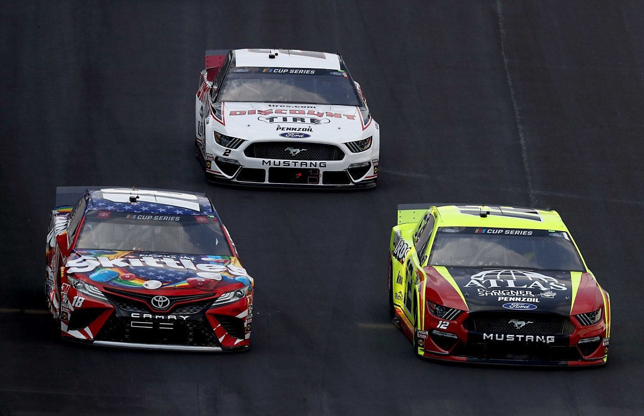 Kyle Busch, Ryan Blaney and Brad Keselowski at Indianapolis Motor Speedway - NASCAR Cup Series