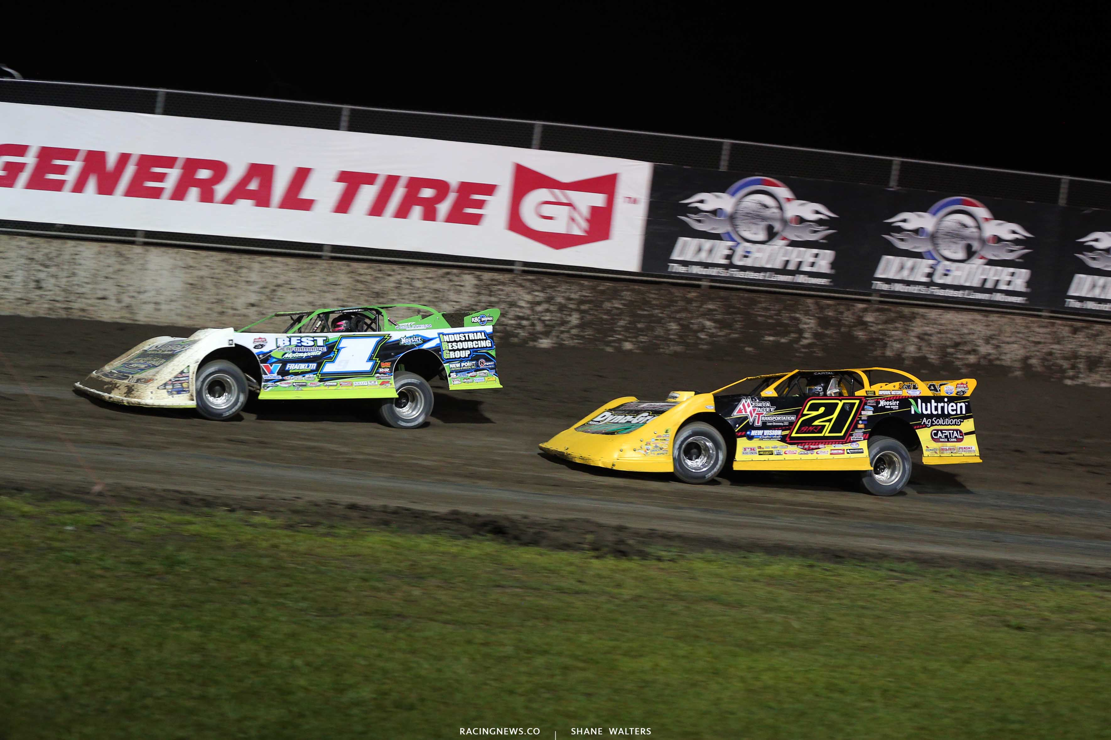 Tyler Erb and Billy Moyer Jr at Tri-City Speedway - Lucas Dirt 9018