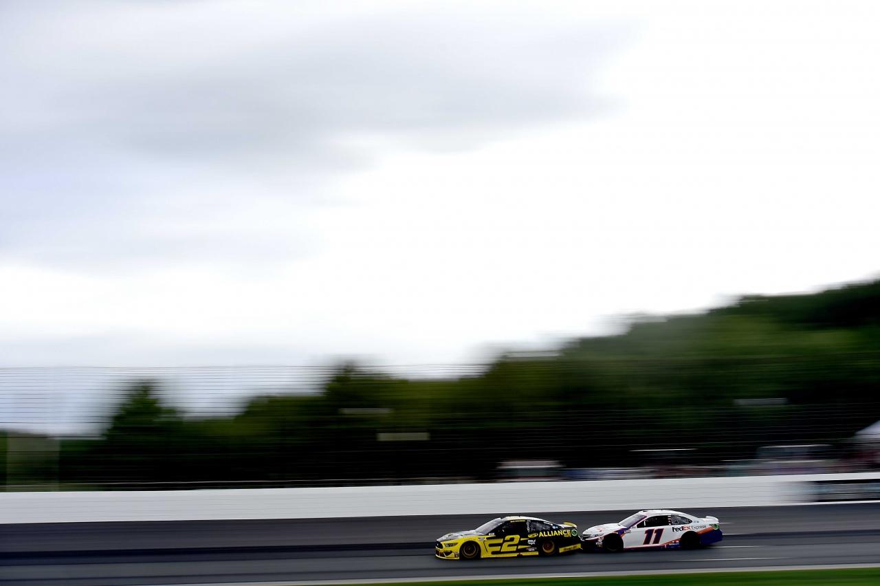 Brad Keselowski and Denny Hamlin at NHMS - NASCAR Cup Series