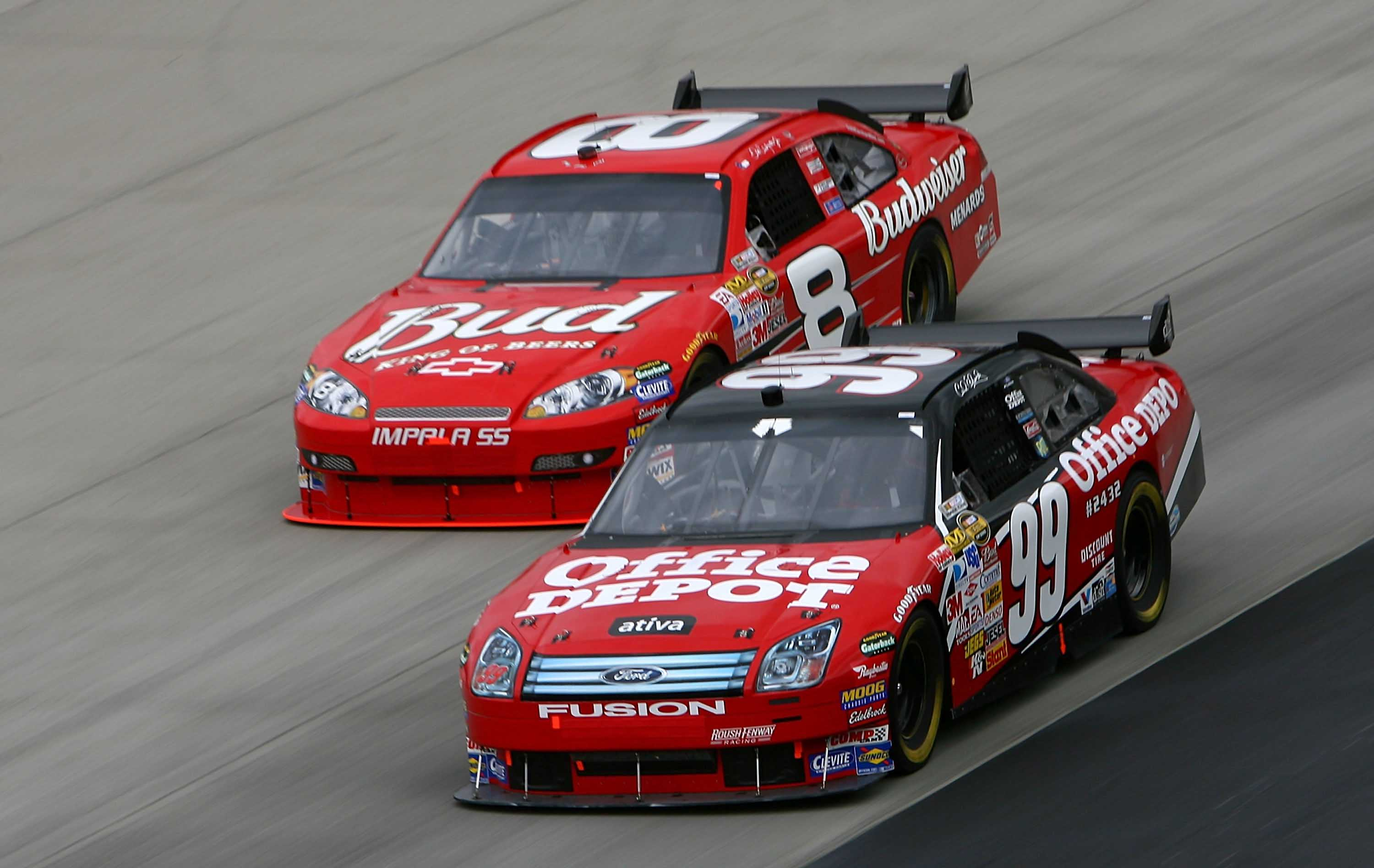 Carl Edwards surfaces; Expresses interest in one-off NASCAR race