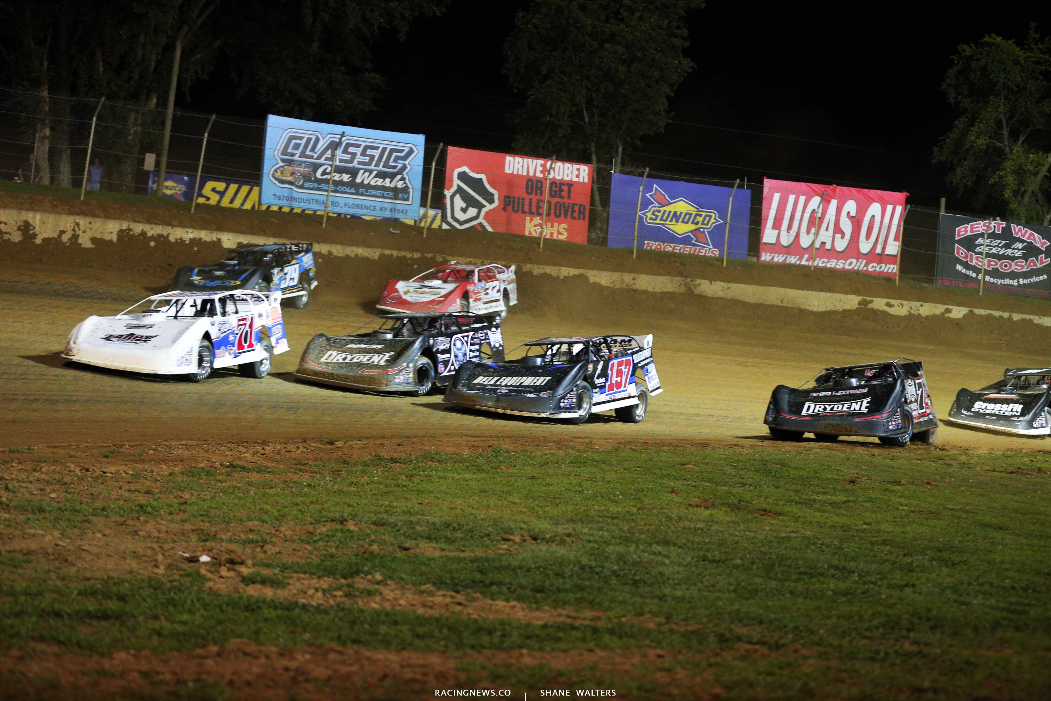 Four wide at Florence Speedway - Dirt Late Models 0873