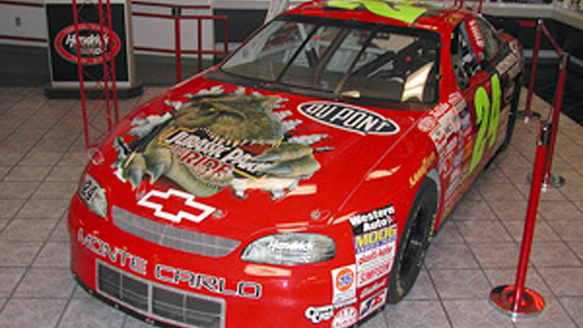 Hendrick Motorsports - T-Rex chassis
