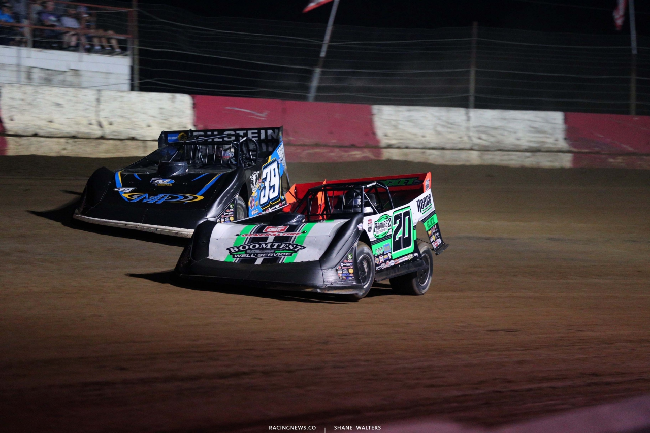 Jimmy Owens and Tim McCreadie at Batesville Motor Speedway - Topless 100 - Dirt Late Model Racing 2097