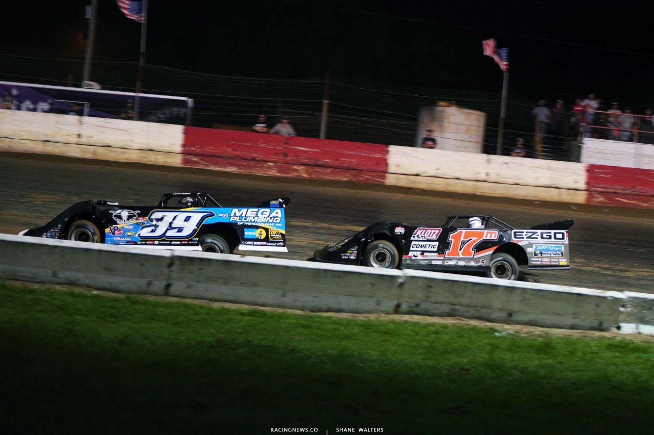 Tim McCreadie and Dale McDowell at Batesville Motor Speedway - LOLMDS 1776