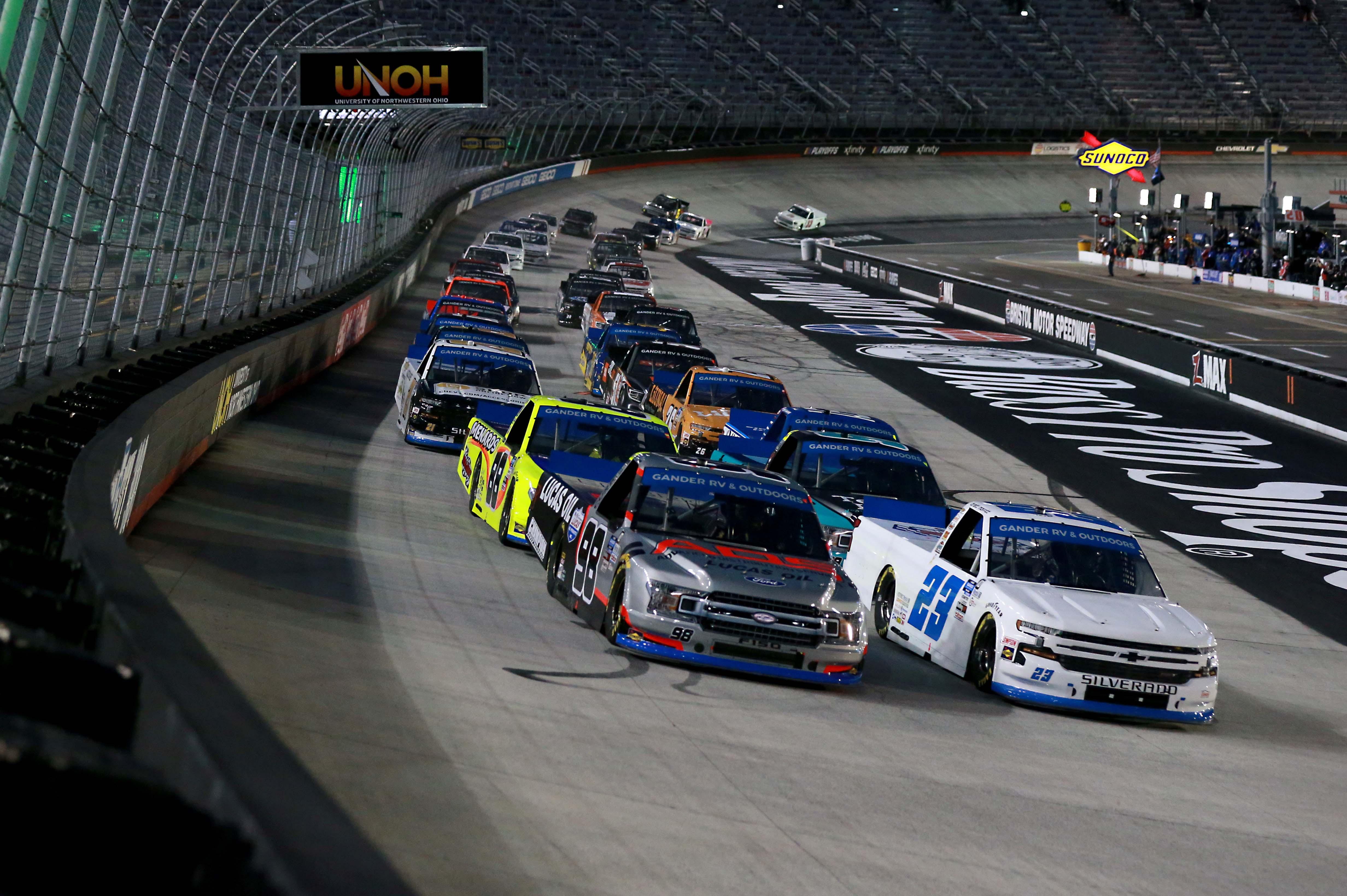 Brett Moffitt, Grant Enfinger - Bristol Motor Speedway - NASCAR Truck Series