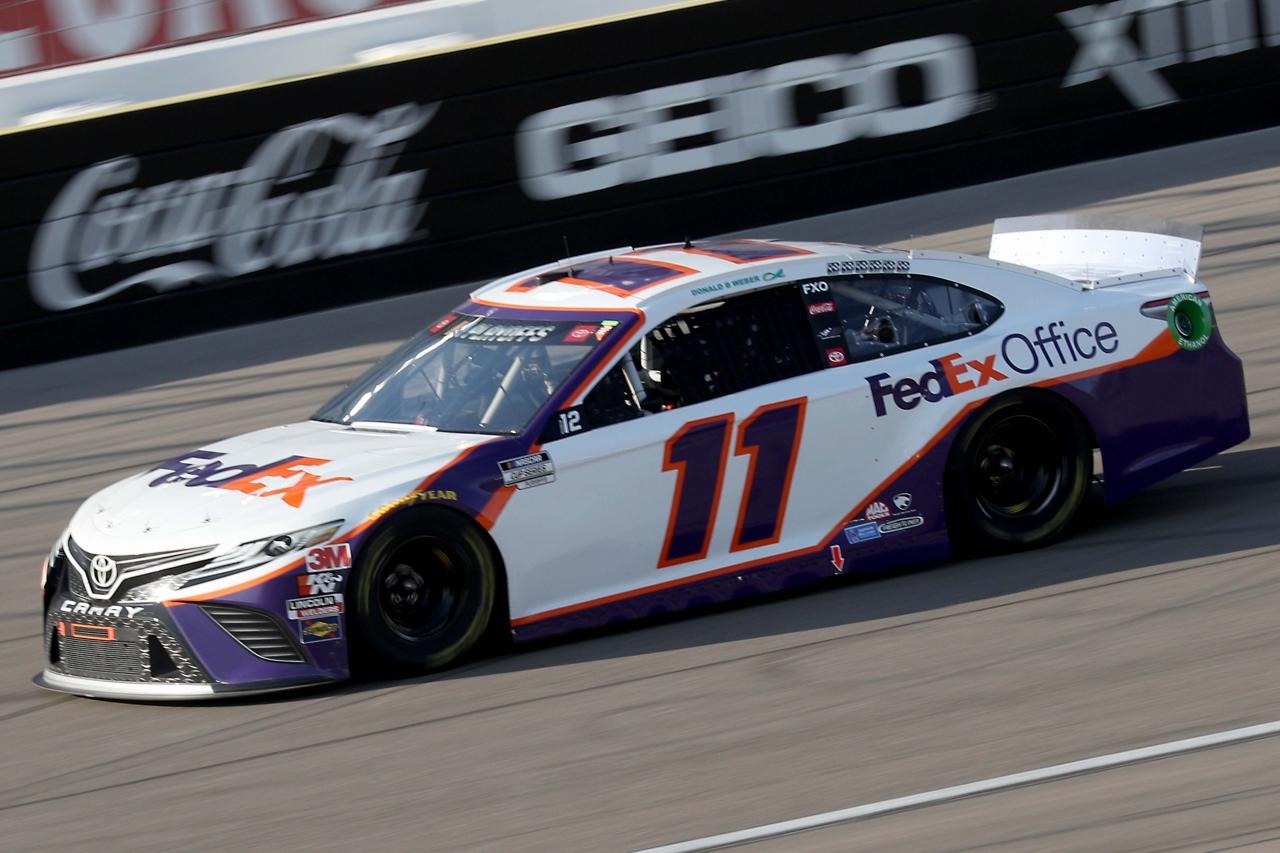 Denny Hamlin at Las Vegas Motor Speedway - NASCAR Cup Series