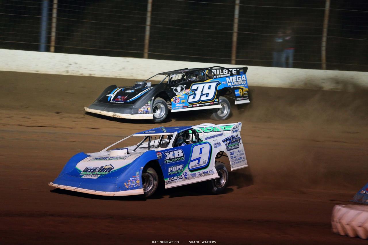 Devin Moran and Tim McCreadie at Portsmouth Raceway Park - Dirt Track Racing 3287