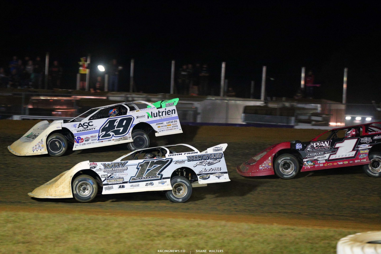 Jonathan Davenport and Zack Dohm at Brownstown Speedway - Dirt Late Models 4594