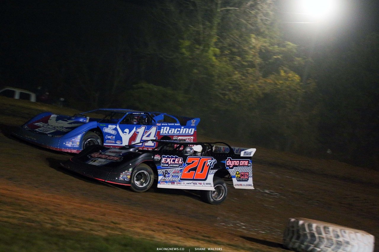 Josh Richards and Ricky Thornton Jr at Brownstown Speedway - Dirt Late Model Racing - Lucas Series 4300