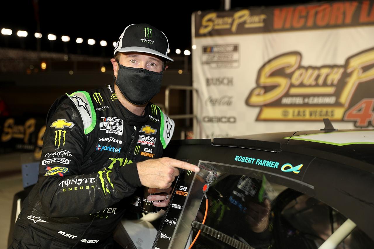 Kurt Busch in victory lane at Las Vegas Motor Speedway - NASCAR Cup Series