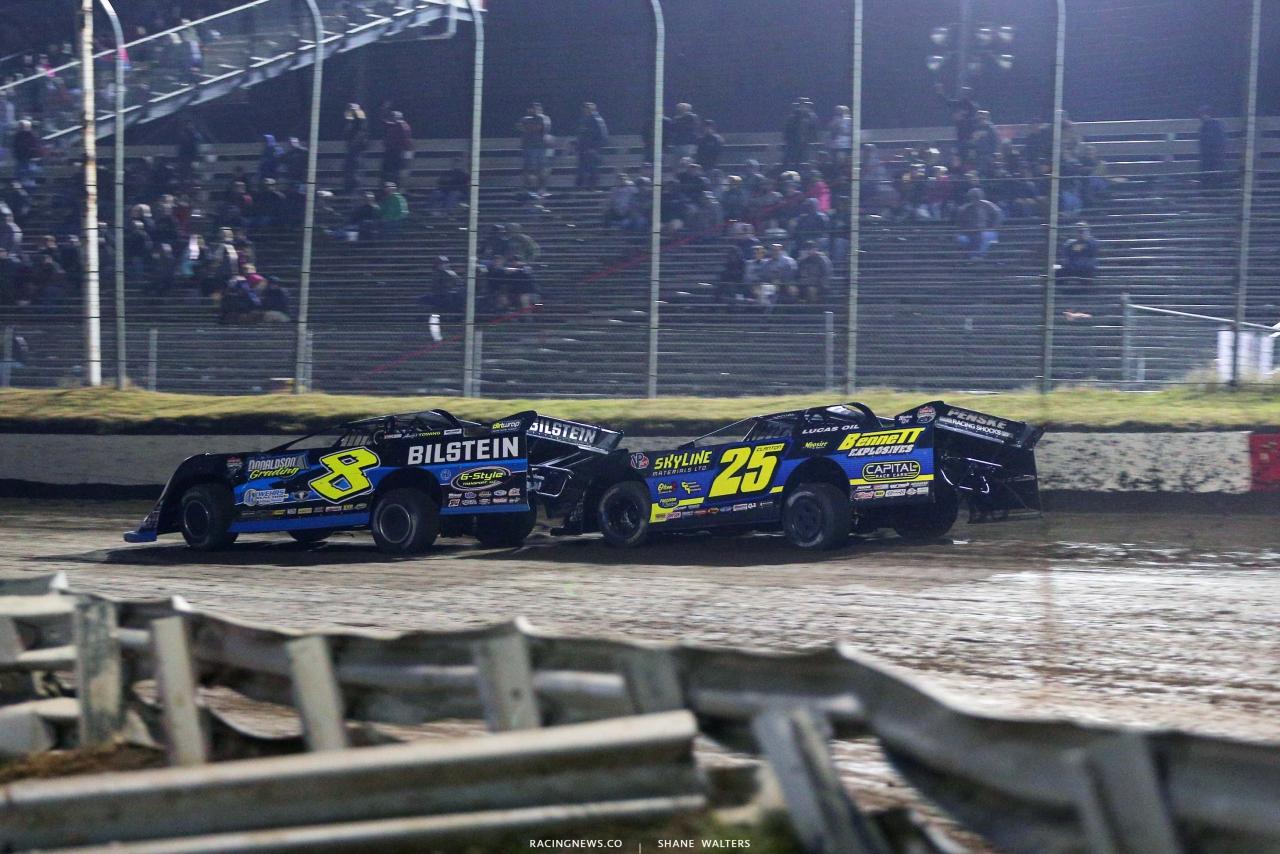 Kyle Strickler, Shane Clanton at I-80 Speedway - Lucas Oil Late Model Dirt Series 3515