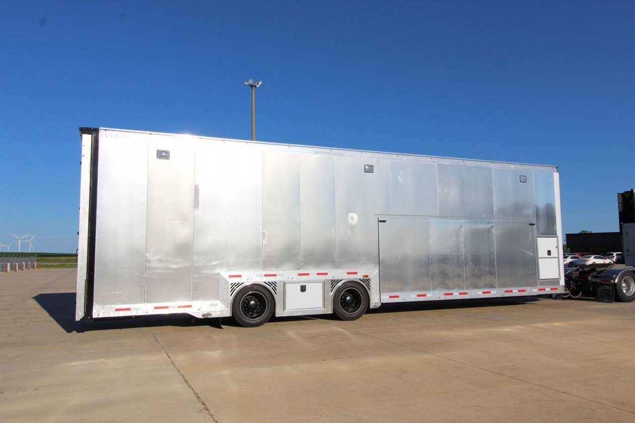 Ricky Weiss Racing trailer