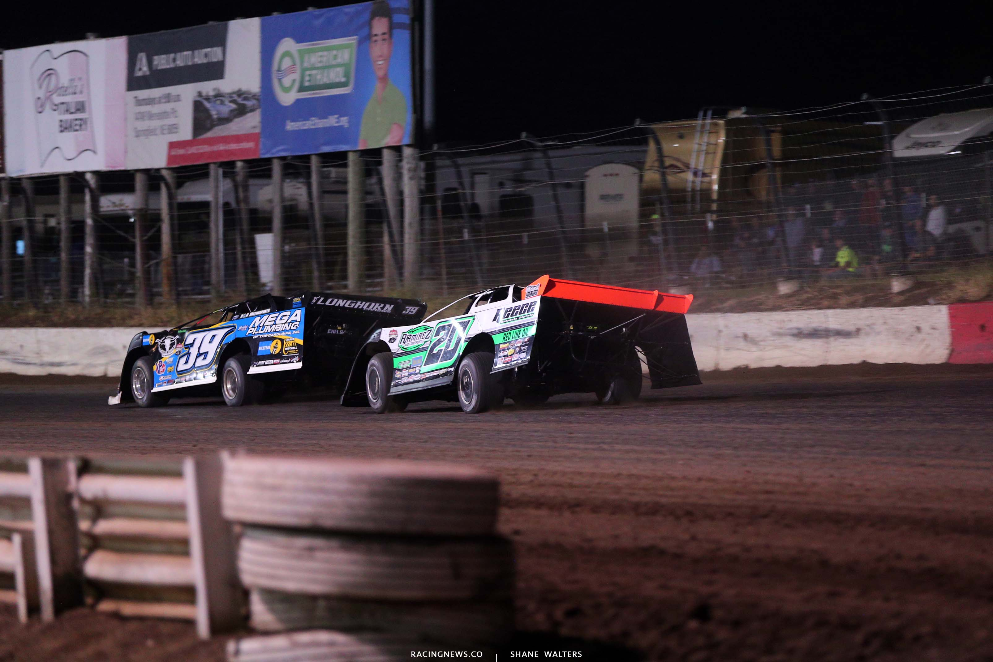 Tim McCreadie and Jimmy Owens at I-80 Speedway - Lucas Oil Late Model Dirt Series 3768